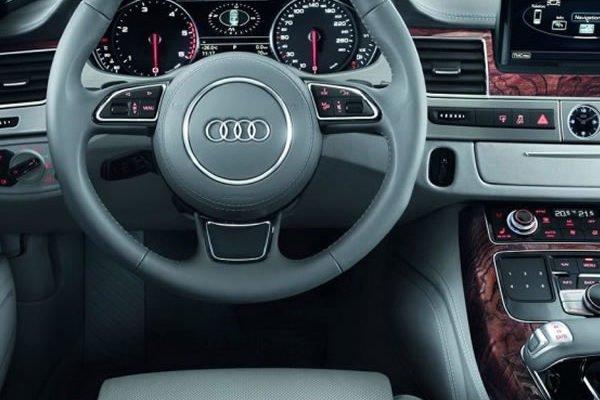 Noleggio Con Conducente - Auto di Lusso